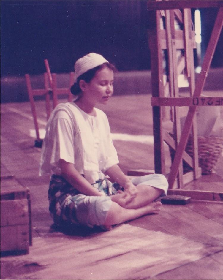 Adela Askandar, in rehearsal in Panggung Sasaran, USM (1990) Source: Seni Kreatif USM